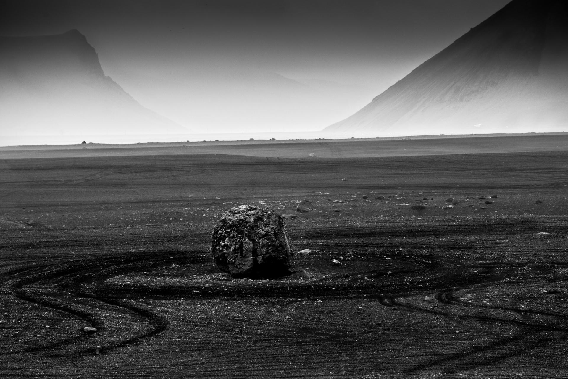 Il mistero del relitto abbandonato., Un relitto è un oggetto che si pone su quella sottile linea di confine che divide la vita dalla morte.
