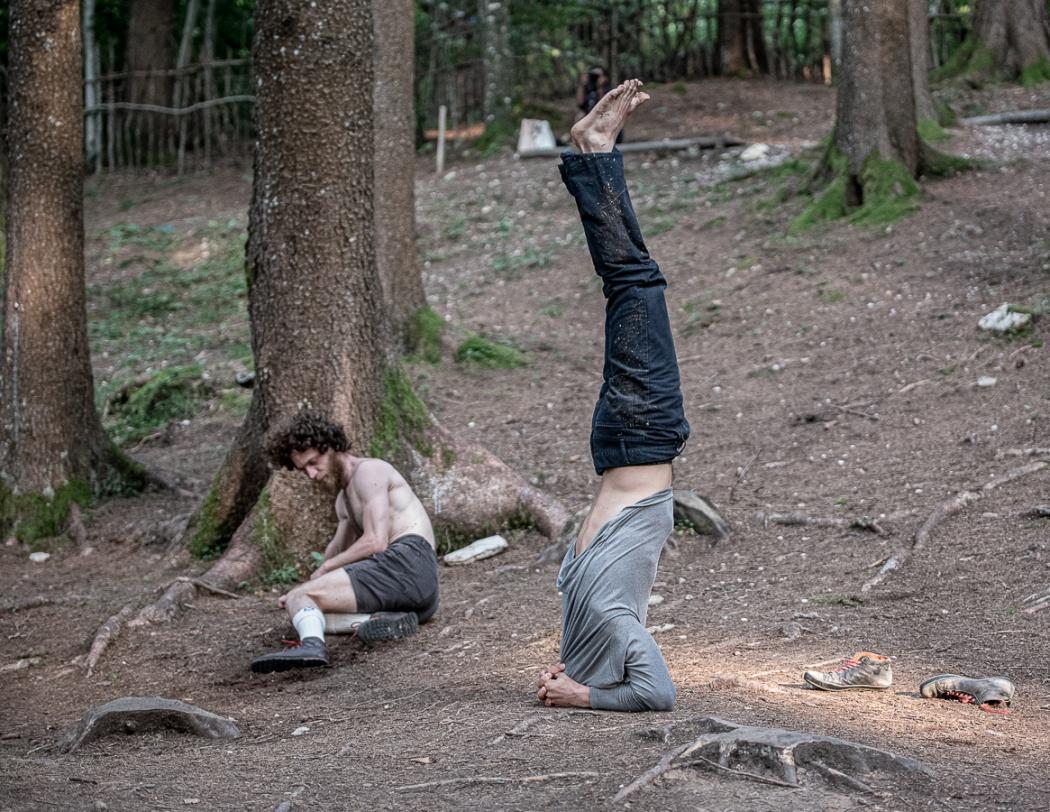"""Collettivo Cinetico/Sharon Fridman - """"Le miglia che ho corso cadendo"""""""